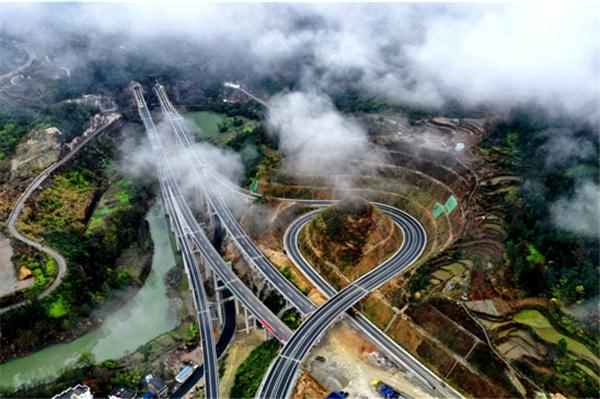 龙丽温高速公路文成至泰顺段。郑高华/摄